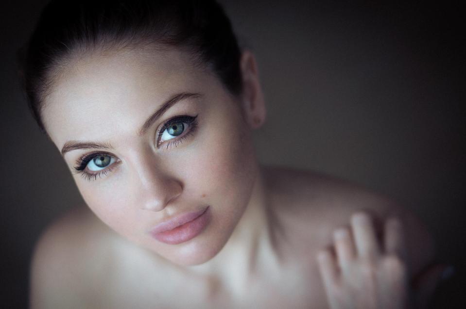 goodfon.ru_devushka-foto-portret-vzglyad