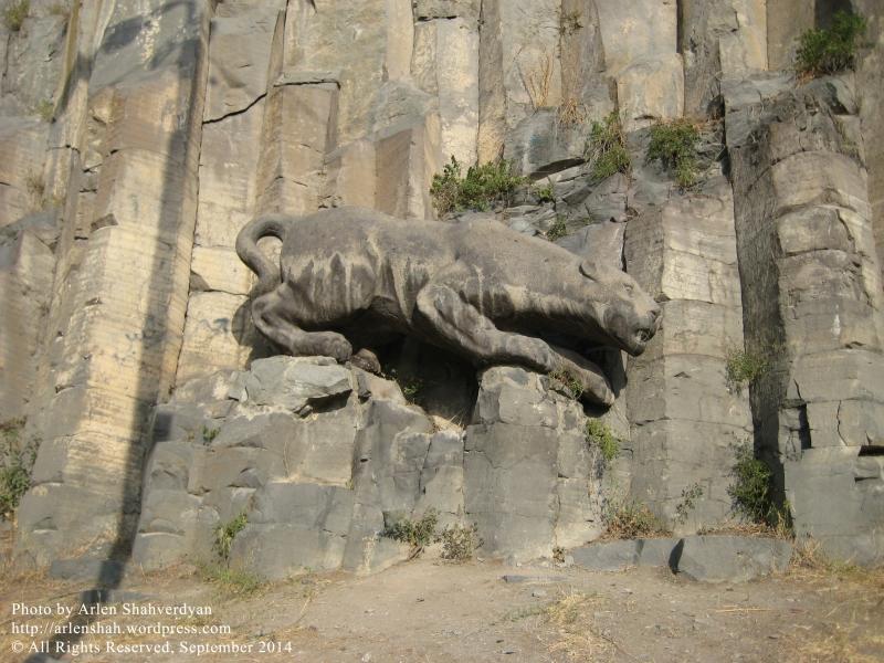 Arlen Shahverdyan. Lioness Statue_04